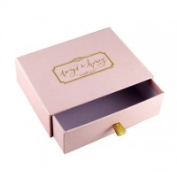Custom_Foundation_Boxes-Kwick_Packaging.jpg